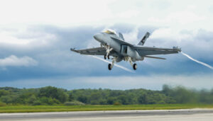160901-N-KT387-002<br /> PATUXENT RIVER, Md. (Sept. 1, 2016) Lt. Cmdr. Bradley Fairfax, project officer and test pilot with Air Test and Evaluation Squadron (VX) 23, takes flight in an EA-18G Growler on 100-percent alternative biofuel during the first test flight Sept. 1 at Naval Air Station Patuxent River, Maryland. (U.S. Navy photo by Adam Skoczylas/Released)